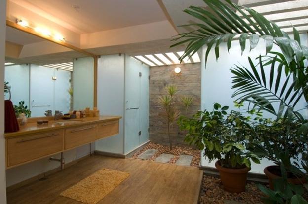 Bath Fixer - Interior Courtyard